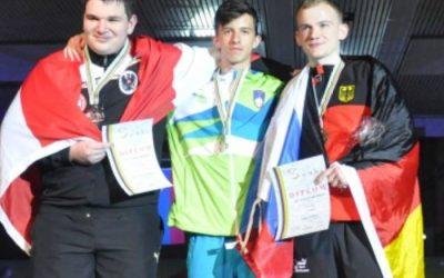 Denis Pašić, dijak Gimnazije Ilirska Bistrica, je svetovni prvak v kegljanju
