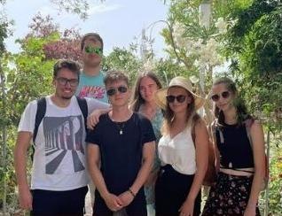 Praksa v tujini v poletni Sevilli