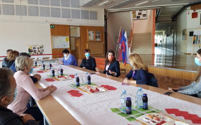 Obisk ministrice za šolstvo na Šolskem centru Postojna